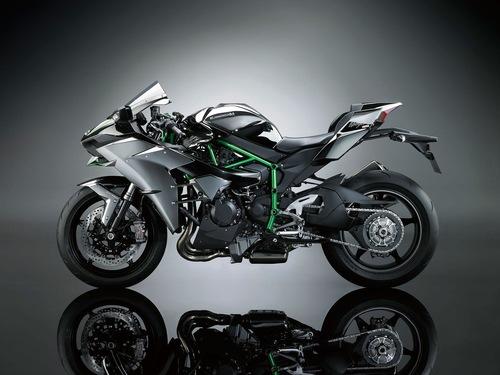 カワサキの新しいバイクの画像_201411051606_12