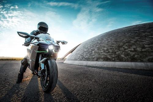 カワサキの新しいバイクの画像_201411051606_7