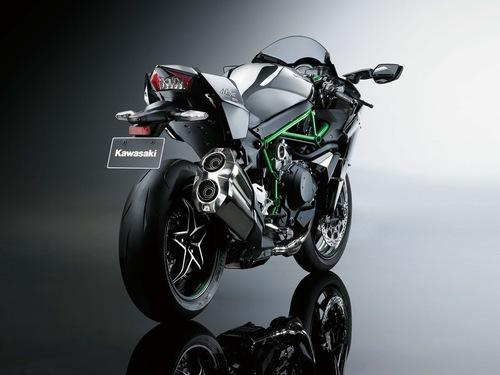 カワサキの新しいバイクの画像_201411051606_11