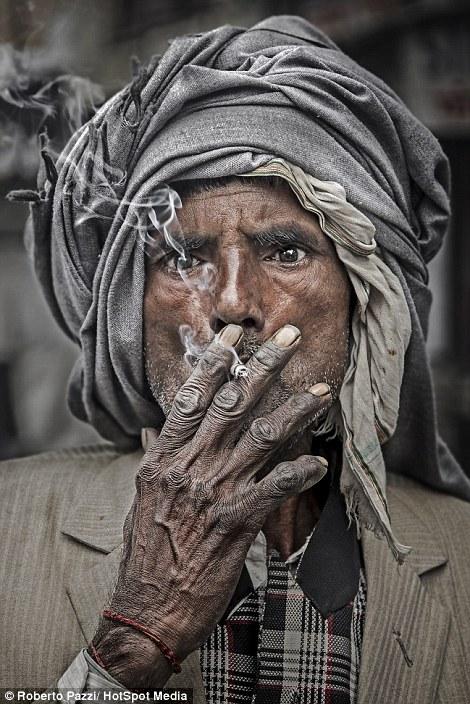 インドの乞食が強そうと話題にの画像10枚目!