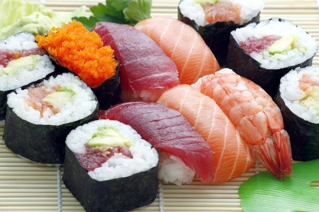 sushi-354628_1280.jpg